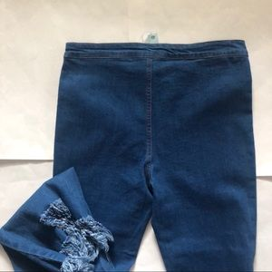 She and Sky Jeans - Fringe hem Jeans! NWT!